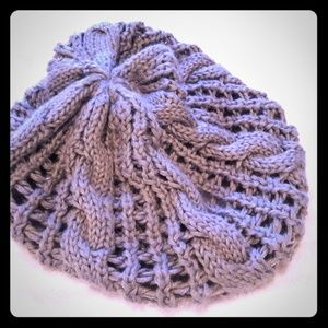 Loose knitted beanie.